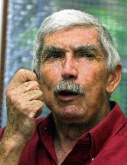 El pueblo cubano está indignado por farsa en el Paso Texas que deja en libertad al asesino Posada Carriles.